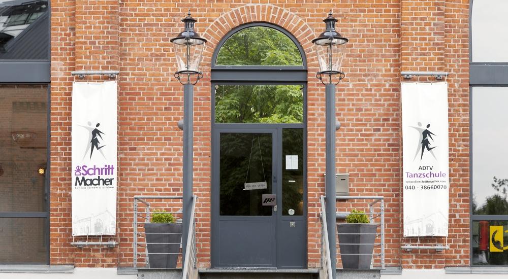Eingang Uhrenhaus